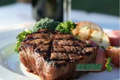 steak at tailgators sports grill
